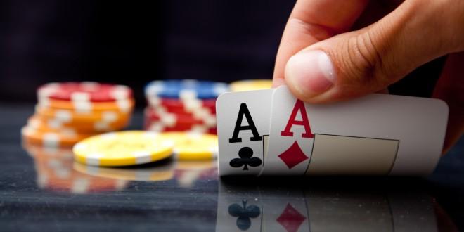 Poker enligne :le marché mondial plonge en 2014 mais 2015?