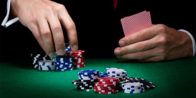 Prendre un décision au Poker : quand miser ou ne pas miser ?
