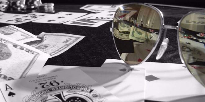 Lunettes de soleil au poker, quelle importance ?